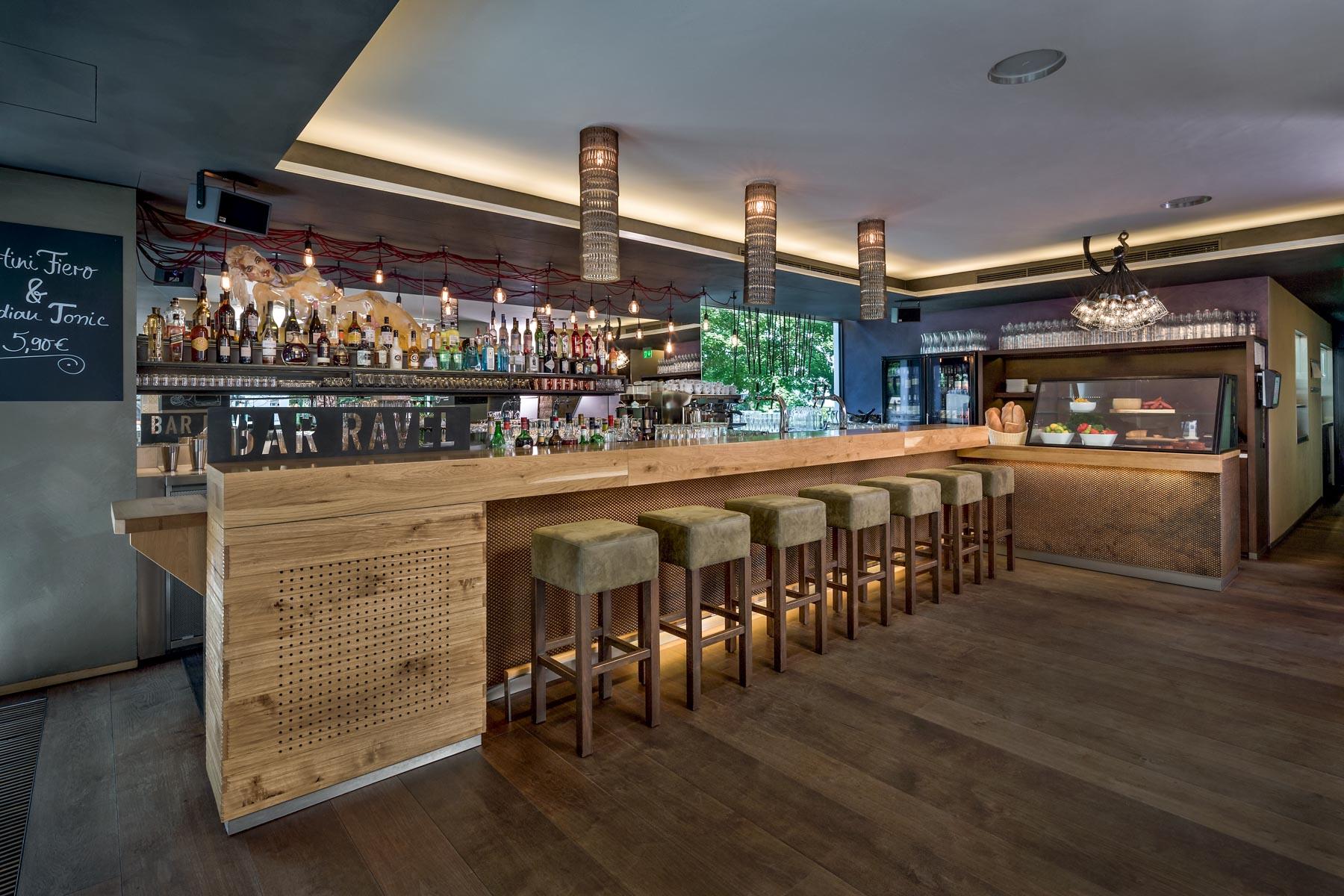 Bar Ravel